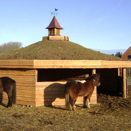 Læskure til heste - flot og naturlig